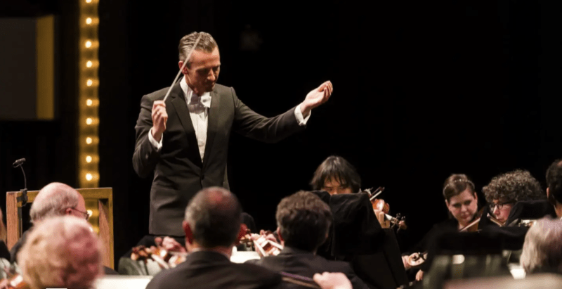 Alexander Shelley conducting Strauss's Don Juan